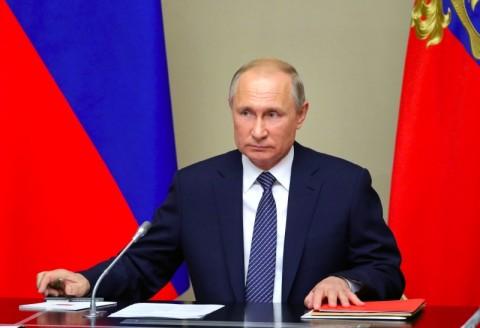 20 Tahun Vladimir Putin di Pentas Global