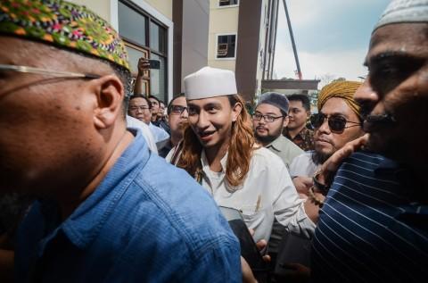 Bahar Smith Dipindahkan ke Lapas Pondok Rajeg