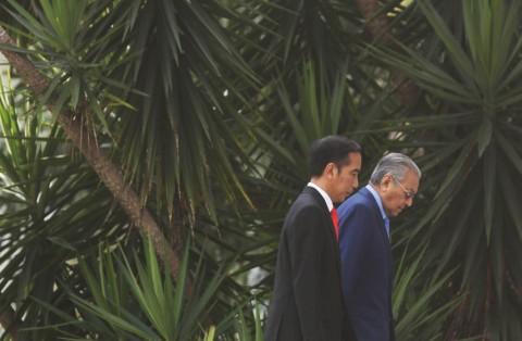 Jokowi-PM Malaysia Bahas TKI hingga Kelapa Sawit