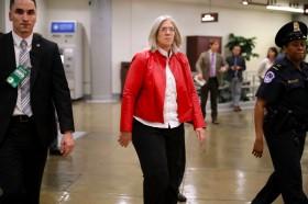 Direktur Intelijen Mundur, Trump Tunjuk Pejabat Baru