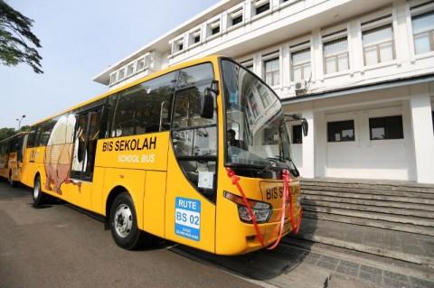 Belasan Bus Sekolah Kota Bandung Menganggur