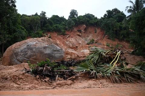13 Tewas akibat Tanah Longsor di Myanmar