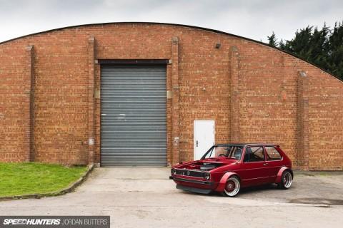 Volkswagen Golf Ini Cangkok Mesin V8
