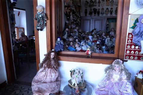 7.500 Boneka Hiasi Kedai Kopi Ini