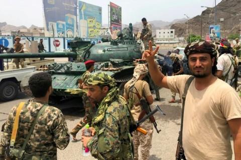 Separatis Yaman Ambil Alih Kendali Kota Aden