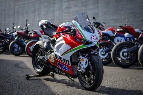 Ducati Panigale V4S Edisi Nicky Hayden, Cuma Satu Unit di Dunia