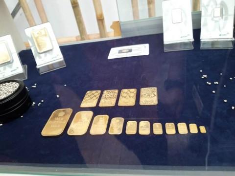 Harga Emas Antam Merekah ke Rp762 Ribu/Gram