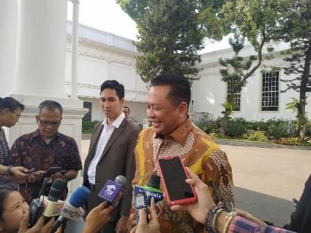 Caketum Golkar Tak Perlu Minta Restu Jokowi
