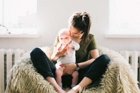 Cara Bayi Mengetahui Aroma Tubuh Ibunya