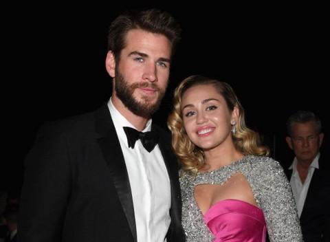 Berpisah, Liam Hemsworth Doakan Miley Cyrus Bahagia