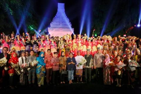 Banyuwangi Sambut Siswa Asing Pentas Kesenian Indonesia