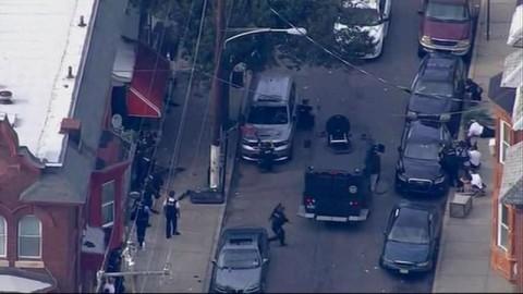 Hadapi Pengedar Narkoba, Enam Polisi Philadelphia Tertembak