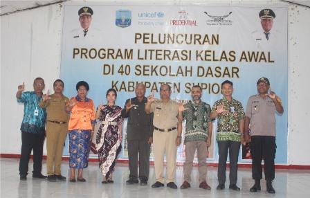 Prudential Gelar Kelas Literasi untuk 2.000 Anak-anak Papua