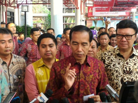 Jokowi Minta Ibu-ibu Berhenti Konsumsi Barang Impor