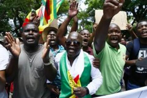 Jelang Protes Massal di Zimbabwe, Aktivis Diculik dan Disiksa