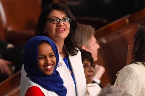 Anggota Kongres AS Diizinkan Temui Neneknya di Palestina