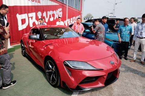 Demi Mobil Ini, Dua Anak Presiden Rela Sambangi Kantor Toyota