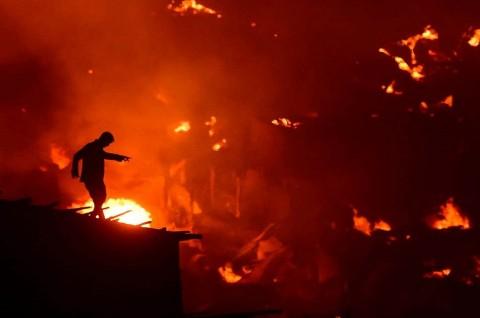 Kebakaran Bangladesh, 50 Ribu Warga Kehilangan Rumah