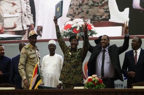 Militer dan Warga Sudan Resmi Sepakati Pembagian Kekuasaan