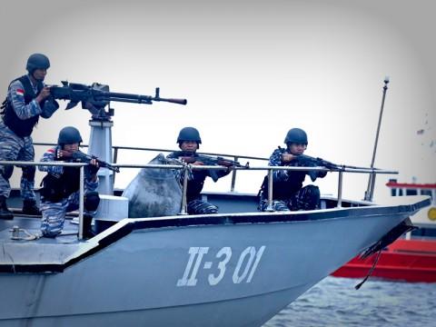 Belasan Korban Pembajakan Ambon Masih di Kapal