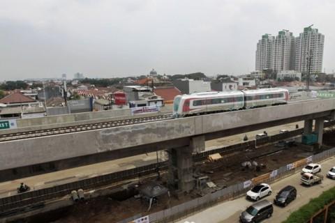 Hambatan Pembebasan Lahan Sebabkan Uji Coba LRT Mundur