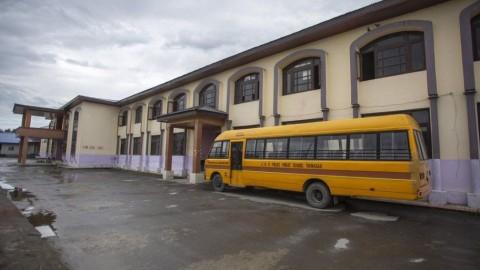Dibuka Kembali, Sekolah di Kashmir Sepi Murid