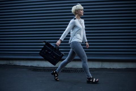Waspada, Cara Berjalan Menunjukkan Kondisi Kesehatan