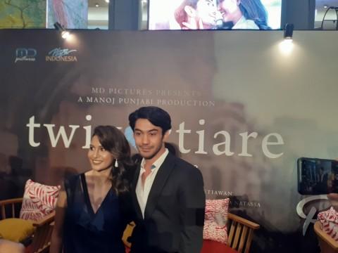 Reza Rahadian Paksa Produser Libatkan Raihaanun di Film Twivortiare