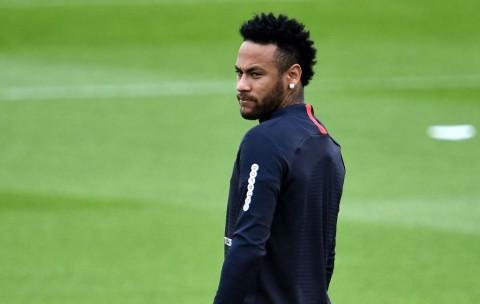 Dihujat Fan PSG, Neymar Curhat di Media Sosial