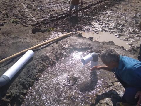 Warga Gunungkidul Temukan Sumber Air di Lahan Tandus