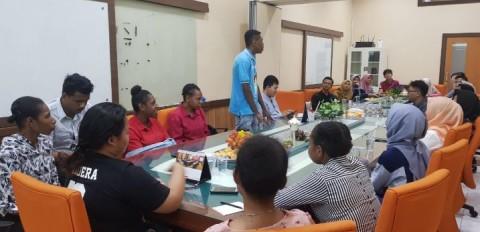 Cara UGM Memperlakukan Mahasiswa Papua