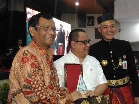 Rasialisme Rugikan Indonesia