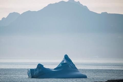 12,5 Miliar Ton Lapisan Es Greenland Mencair