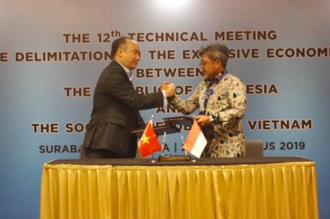 Indonesia dan Vietnam Mulai Perundingan ZEE Natuna Utara