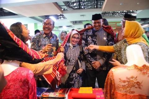 Pemkot Bekasi Punya Pusat Batik