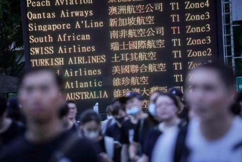 Terancam Aksi Protes, Bandara Hong Kong Beroperasi Normal