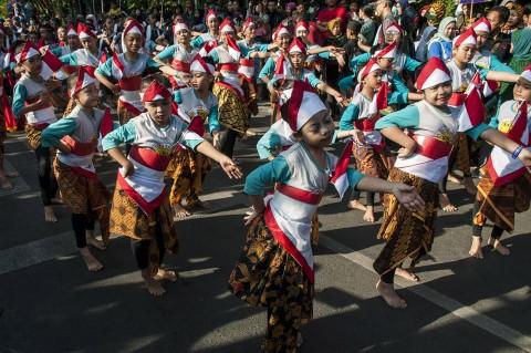 Kemeriahan Karnaval HUT RI di Sejumlah Daerah