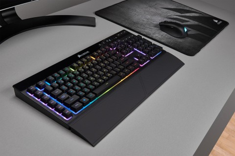 Corsair K57 RGB Pamer Capellix RGB LED