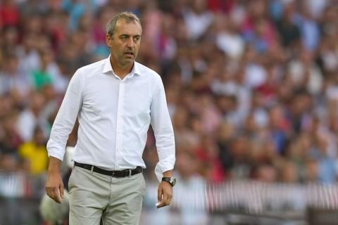 Pelatih AC Milan Sanjung Performa Timnya Meski Kalah