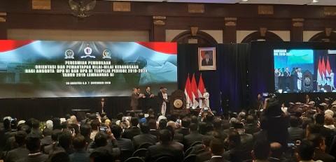 Jokowi Minta DPR Terpilih Cepat Buat Regulasi