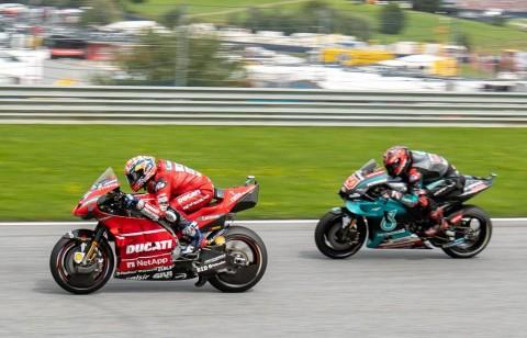 Alex Rins Terlibat dalam Kecelakaan Quartararo dan Dovizioso
