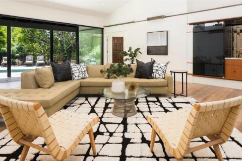 Rumah Sandra Bullock Disewa Rp313 Juta per Bulan