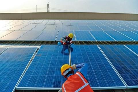 India Targetkan 500 Gigawatt Energi Terbarukan di 2030