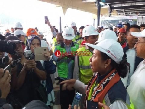 Menteri Rini Tinjau Jalan Tol Ruas Bakauheni-Palembang