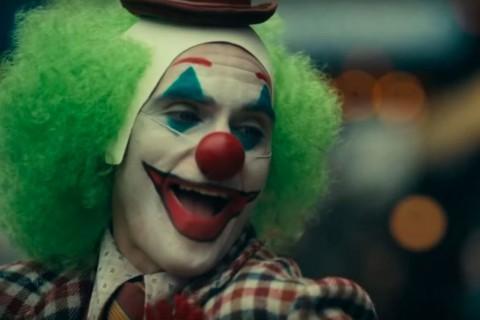 Pesan Misterius dalam Teaser Joker