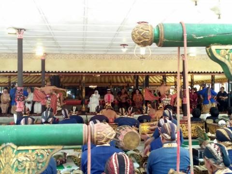 Raja Malaysia Disambut Hangat Keraton Yogyakarta