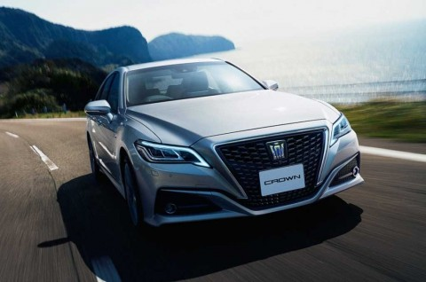 Toyota Crown 2.5 HV G-Executive untuk Menteri, Impor dari Jepang