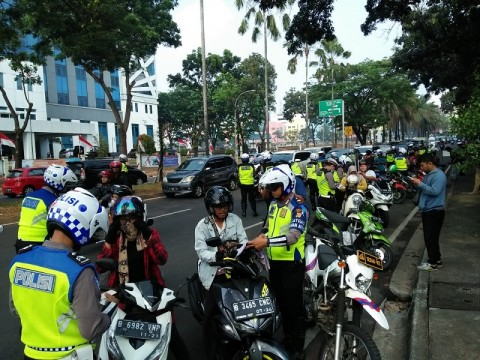 Pengendara di Tangsel Hindari Operasi Patuh Jaya Hari Pertama