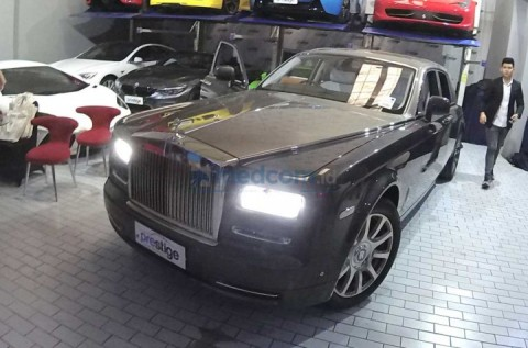 Rolls-Royce Ogah Pakai Hybrid, Langsung Full Listrik