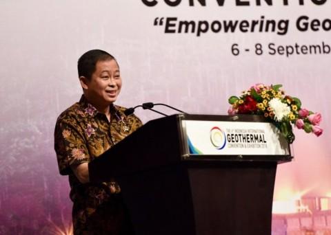 Menteri ESDM Tinjau Tiga Proyek PLTS di Lombok